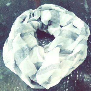 ◌ light striped infinity scarf ◌